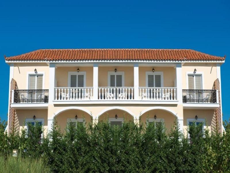 Hotel California Beach**