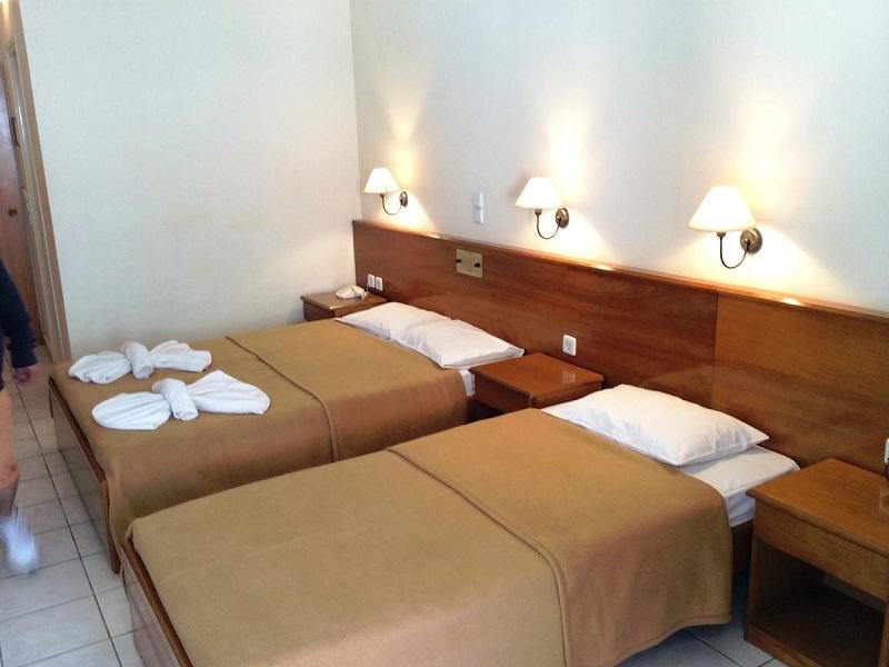 Hotel Andreolas Beach**