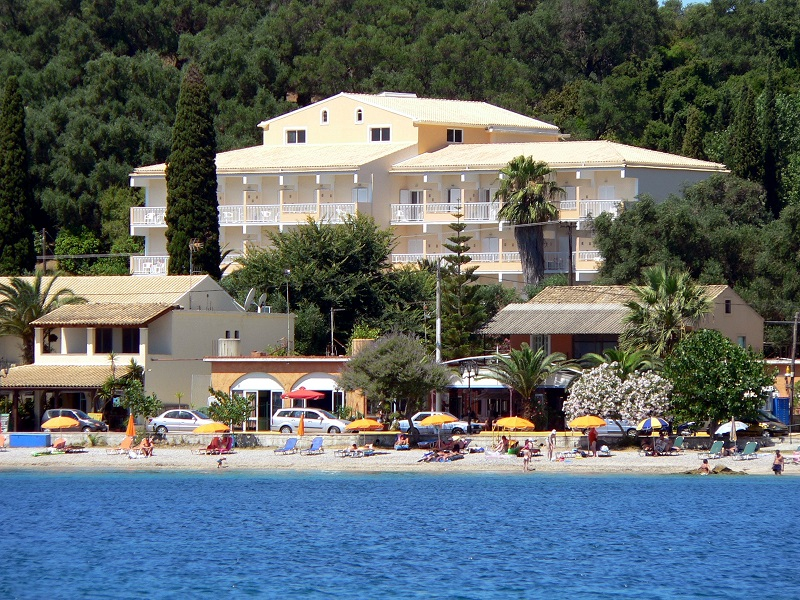 Hotel Ipsos Beach ***