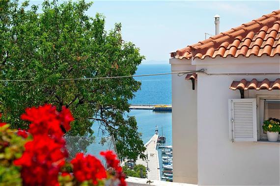 Hotel Athos ** + Escursione in barca