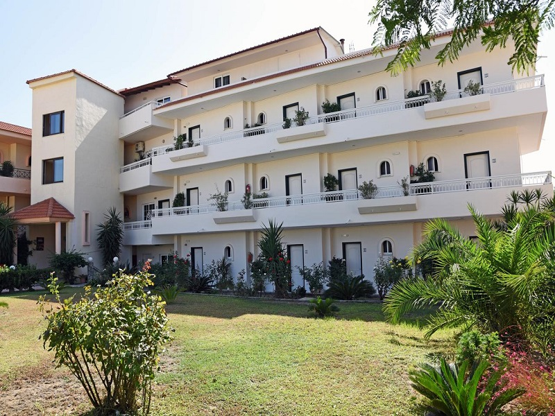 Residence Lyristis