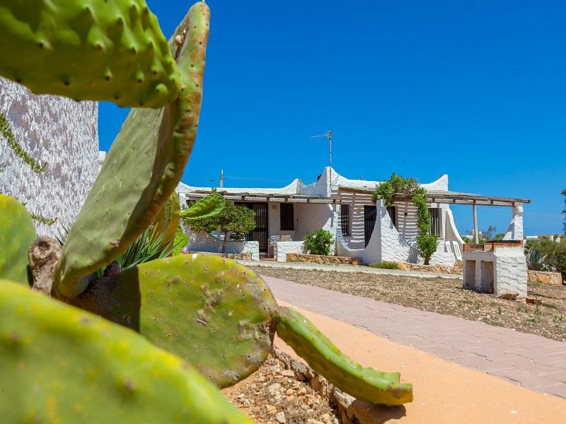 Il Villaggio del Mago + Noleggio scooter + Gita in barca