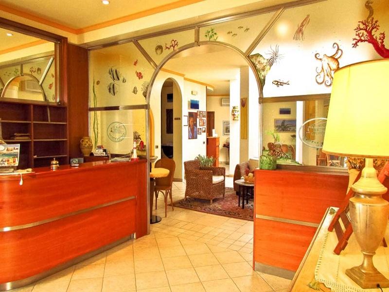 Hotel Faro della Guitgia***